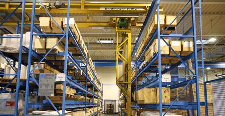 Versandlager für palettierte und verpackte Ware